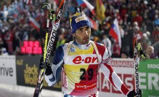 Le biathlète français, Martin Fourcade, lors de sa victoire aux championnats du monde de Nove Mesto, en République tchèque, sur l'épreuve du 20km, le 14 février 2013.