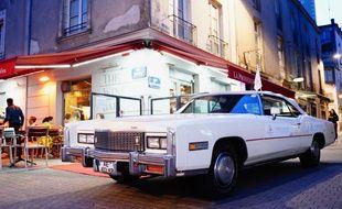 Une voiture Cadillac, viendra promouvoir les vins de l'appellation du même nom, jeudi à Bordeaux.