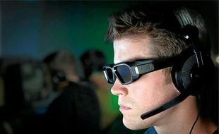 Les performances du 3D Vision 2 de Nvidiaavec ou sans réhaussement de la luminosité.Une nouvelle paire de lunettes actives pour le 3D Vision 2.
