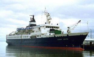 Avec des rats pour seuls passagers, le Lyubov Orlova, navire de croisière russe décrépit, dérive depuis près d'un mois dans l'Atlantique Nord, probablement en direction des côtes européennes, faute d'une police internationale capable d'intervenir.