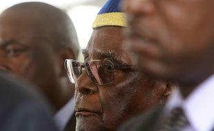 Le président du Zimbabwe, Robert Mugaben   a été destitué de son parti le 17 novembre 2017.
