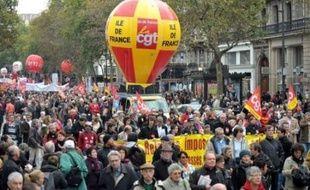 Les opposants à la réforme des retraites sont de nouveau appelés par les syndicats à une journée d'action, la septième depuis la rentrée, alors que la loi a été définitivement votée hier par les députés.