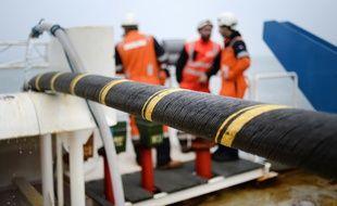 Un câble électrique sous-marin relie déjà Quiberon à Belle-Ile en Bretagne.