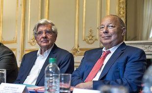 Dalil Boubakeur (à droite) avec Jean-Pierre Chevènement, le 29 août à Paris.