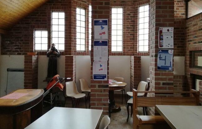 Dans une salle du couvent où sont accueillis les réfugiés à Thal-Marmoutier.