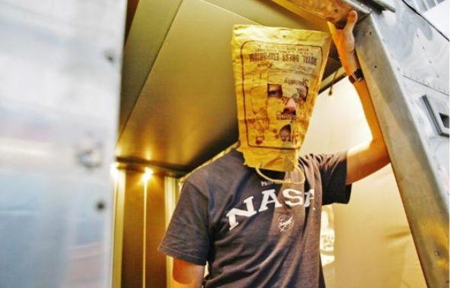 Victor Rizman ne montre pas son visage « afin que le regard des gens ne change pas ».