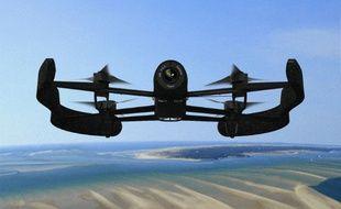 1er Prix Vie Nomade: le Be-bop avec Skycontroller, de Parrot.