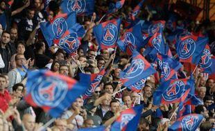 Des supporters du PSG le 18 août 2013 au Parc des Princes.