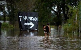 """La commune de Concordia inondée, dans la province argentine d'Entre Rios, le 29 décembre 2015, en raison de tempêtes causées par """"El Nino"""""""