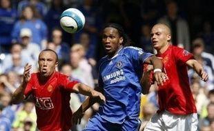 Le duel entre Manchester United et Chelsea en tête du Championnat d'Angleterre trouvera son épilogue dimanche lors de la 38e et dernière journée, avec deux seconds couteaux, Wigan et Bolton, comme arbitres.