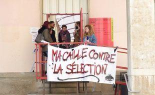 A Lyon, le 12 avril 2018. Les étudiants de Lyon-2, réunis ce jeudi en AG, ont voté le blocage illimité des deux campus.