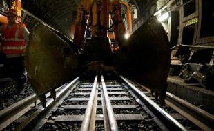 Remplacement des voies dans un tunnel du RER A le 28 juillet 2015