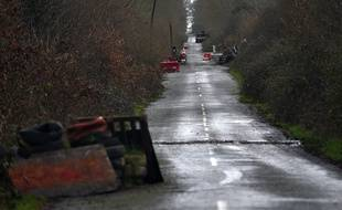 A Notre-Dame-des-Landes, la route D281 est obstruée depuis 2012 par de multiples chicanes.