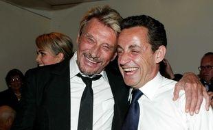 Johnny Hallyday, son épouse Laeticia, et Nicolas Sarkozy en 2007.