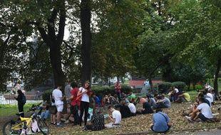 Des joueurs de Pokémon GO dans un parc à Moscou en Russie le 23 août 2016.