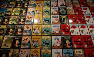 Des albums de Tintin.