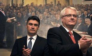 """Les Croates ont dit """"oui"""" dimanche à l'adhésion de leur pays à l'Union européenne mais la participation a été très faible au référendum jugé """"crucial"""" par les autorités de cette jeune république, vingt ans après son indépendance de l'ex-Yougoslavie."""