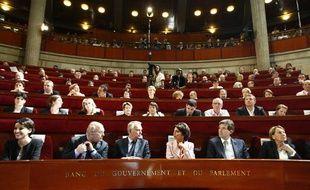 Les membres du gouvernement à la Conférence sociale le 9 juin 2012.