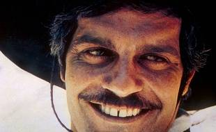 No Merchandising. Editorial Use Only. No Book Cover Usage. Mandatory Credit: Photo by Moviestore Collection / Rex Features (1573422a) Mackenna's Gold,  Omar Sharif Film and Television