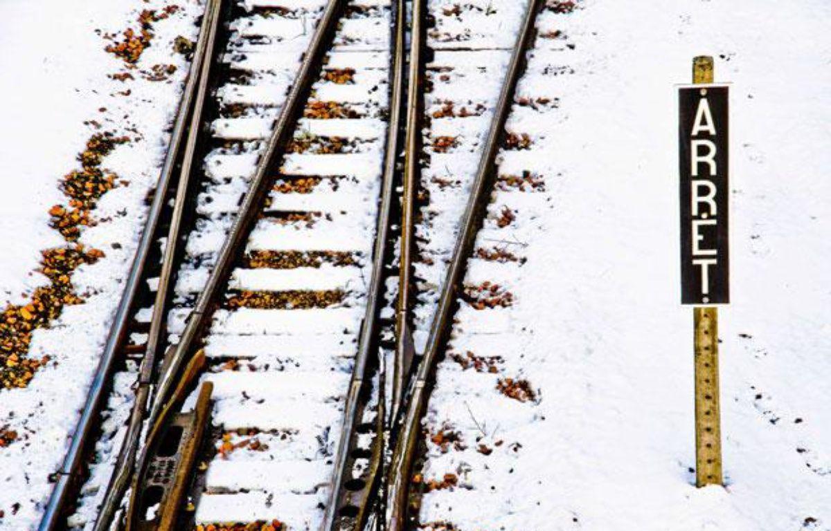 Chemin de fer sous la neige, illustration – GILE MICHEL/SIPA