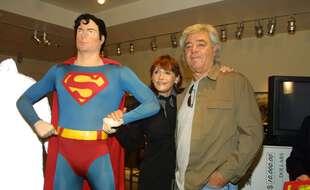 Le réalisateur Richard Donner et l'actrice Margot Kidder, connue pour avoir incarné Lois Lane dans la saga « Superman », en mai 2001.