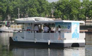 Le nouveau Navibus à hydrogène, à Nantes