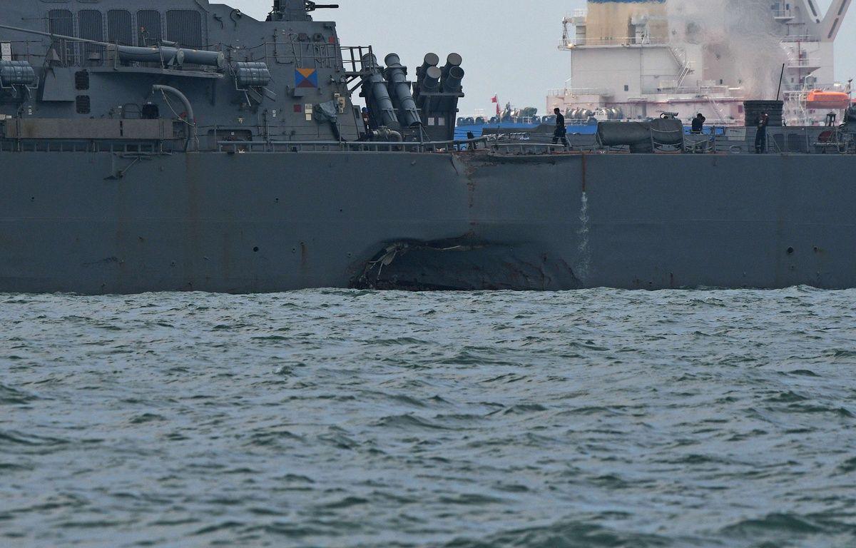 L'USS John S. Mc Cain (photo) a été heurté par un pétrolier au large de Singapour, lundi 21 août 2017.   – Chine Nouvelle / SIPA