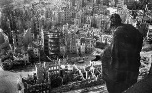 Vue de Dresde après les bombardements alliés du 13 et 14 février 1945