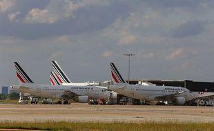 Des avions d'Air France cloués au sol à l'aéroport d'Orly, le 9 juin dernier.