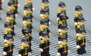 Lyon, le 26 octobre 2014 L'espace Double Mixte de Villeurbanne a accueilli pendant deux jours, la plus grande exposition de France consacrée aux Lego. De nombreux thème lego sont représentés, tel que city, lego techniques, space,  StarWars, des mocs (création personnel), des fresques  constitués au total de plus de 70 000 pièces de lego, Architecture...