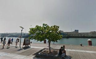 Le quai Gambetta, à Boulogne-sur-Mer.