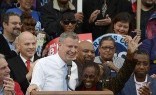 Les New-Yorkais s'apprêtent mardi à tourner la page Michael Bloomberg, en élisant comme maire, sauf énorme surprise, un démocrate de 52 ans résolument ancré à gauche, Bill de Blasio.