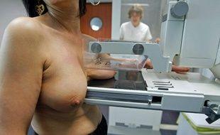 Dépistage du cancer du sein par une mammographie