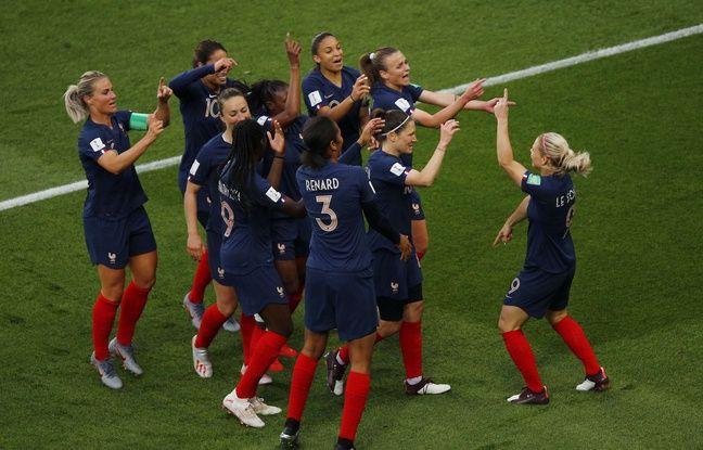 Journal des Bleues: L'équipe de France assurée d'être en 8es... Les joueuses sont arrivées à Rennes