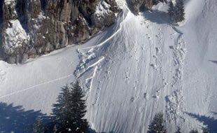 Photo réalisée par la compagnie CRS des Alpes le 17 février 2012 au Grand Som dans le massif de Chartreuse en Isère, à la suite d'une avalanche. Illustration.