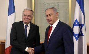 Le chef de la diplomatie française Jean-Marc Ayrault reçu le 15 mai 2016 par le Premier ministre israélien Benjamin Netanyahu à Jérusalem