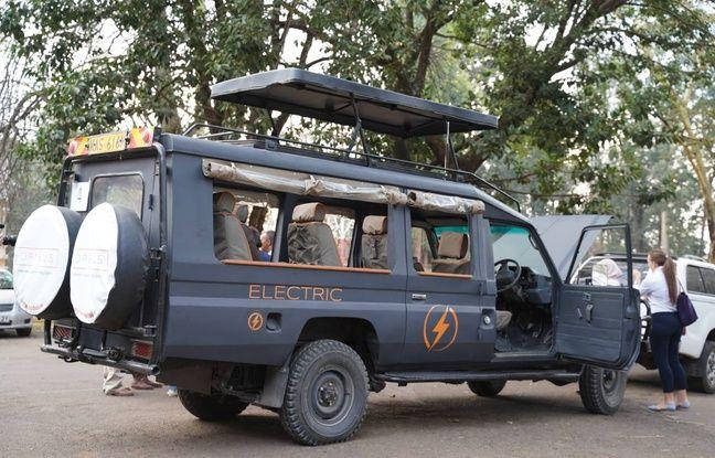 L'une des voitures transformées au Kenya par les étudiants de Grenoble.