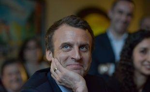 """Emmanuel Macron, candidat de """"En marche"""", le 7 mars 2017 aux Mureaux, dans les Yvelines."""