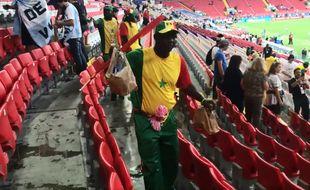 Les supporters sénégalais en plein labeur