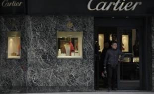 Plusieurs grandes marques comme l'américaine Ralph Lauren ont annoncé la fermeture de leurs magasins en Argentine, lassées des entraves commerciales à l'importation, un coup dur pour la très chic avenue Alvear, symbole du luxe à Buenos Aires.