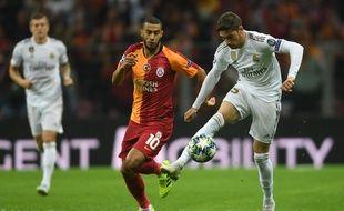 Younes Belhanda, sifflé à sa sortie du terrain face au Real, a répondu en insultant les supporters de Galatasaray.