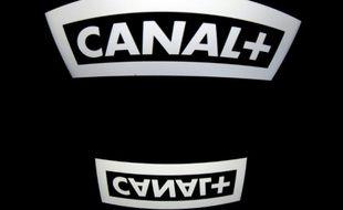 Le groupe français Vivendi annonce le succès de son offre publique d'achat auprès de la société d'édition de Canal+
