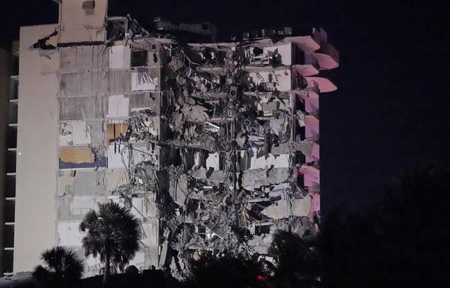 Un bâtiment s'est partiellement effondré tôt jeudi 24 juin 2021 à Surfside près de Miami, en Floride.