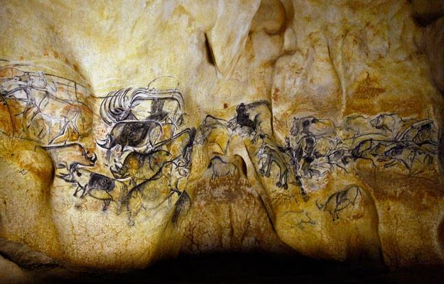 La grande fresque des lions de la Caverne Pont-d'Arc - SYCPA - Sébastien Gayet