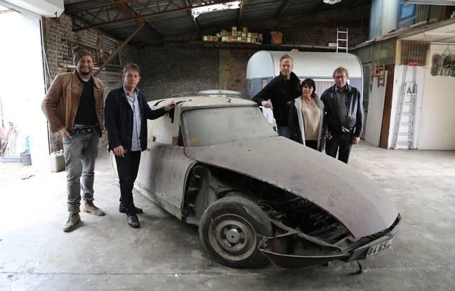 Car SOS a restauré la vieille Citroën DS de Roger.