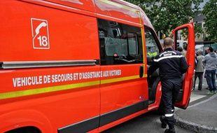 Photo d'illustration: Un véhicule de pompiers, le 28 juin 2012.