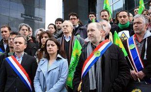 Cécile Duflot, lors de la manifestation de Sortir du Nucléaire, pour demander la sortie de la France du nucléaire, le 15 mars 2011 à Paris.