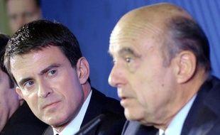 Manuel Valls (à gauche) et Alain Juppé à Bordeaux le 23 octobre 2014