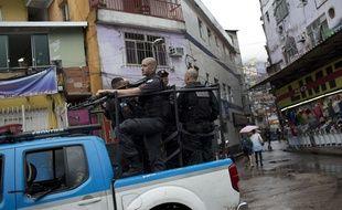 Une touriste espagnole a été tuée dans la favela de Rocinha, à Rio, quelques heures après des affrontements entre la police et les trafiquants de drogue.