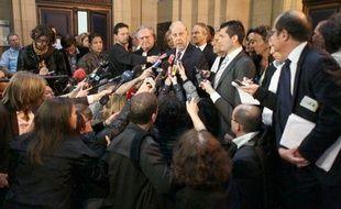 Charles Pasqua au Palais de Justice de Paris, le 30 avril 2010